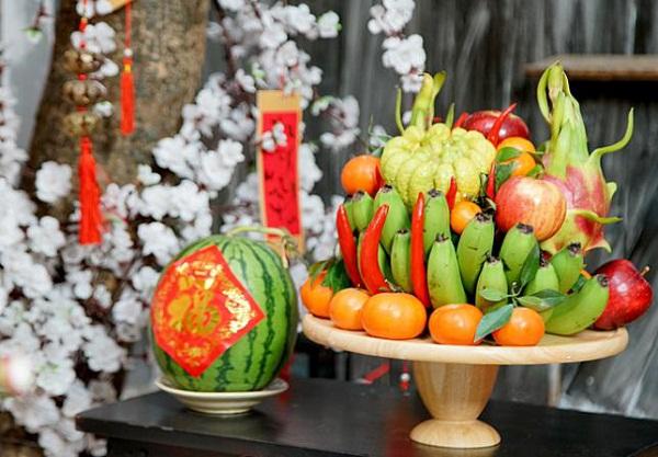 Đặt 5 loại quả này trên bàn thờ chẳng khác nào 'mở đường' đón tai họa ập đến với gia đình - Ảnh 1