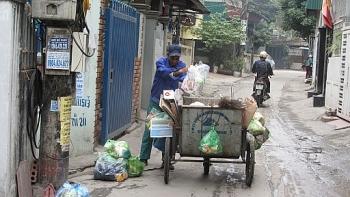 Có nên thu phí rác theo khối lượng?