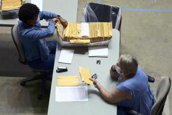Bầu cử Mỹ: Hàng trăm vali phiếu bầu bị bỏ quên ở quần đảo Puerto Rico