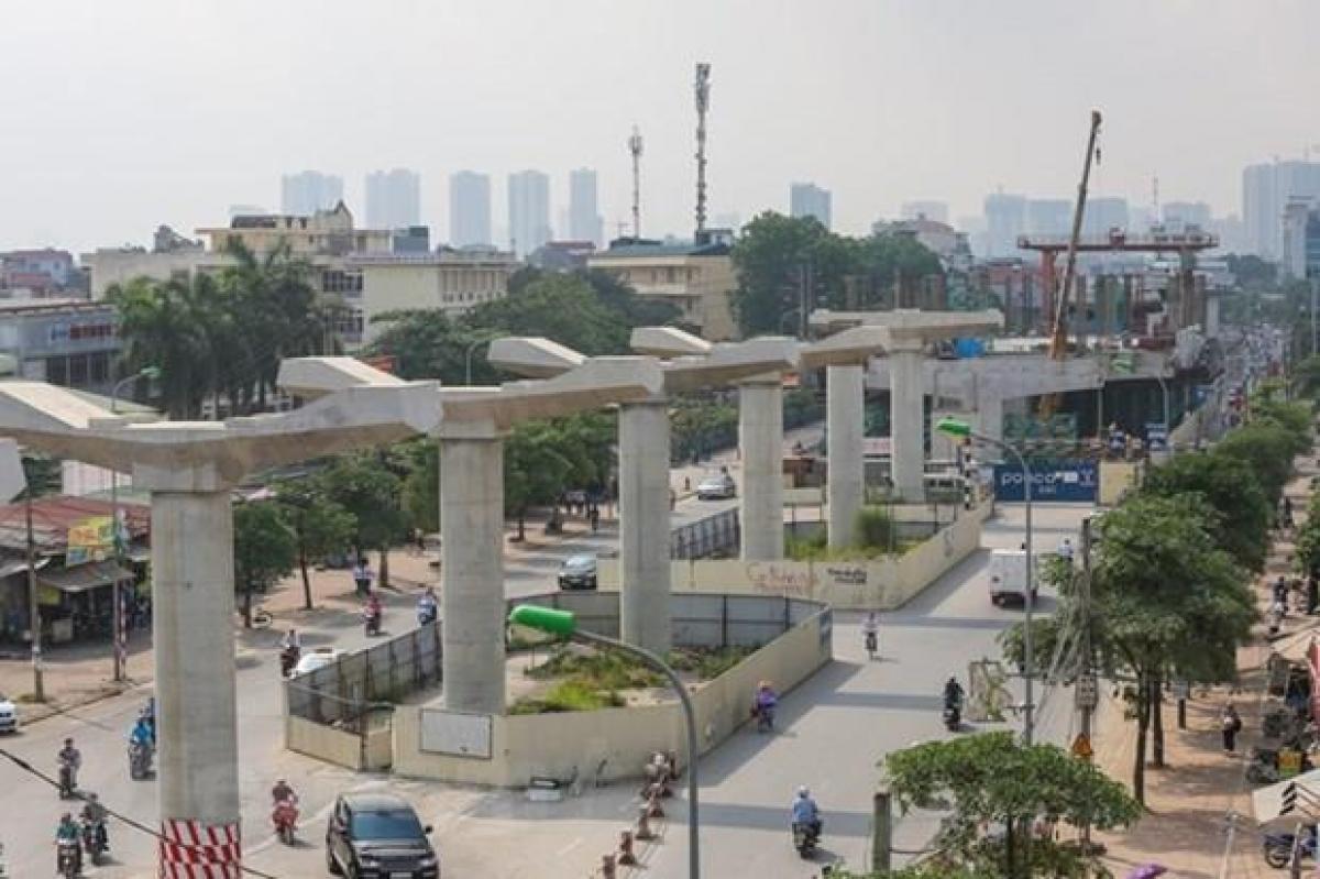Dự án đường sắt đô thị tuyến Nhổn - Ga Hà Nội được khởi công từ năm 2010 nhưng đến nay vẫn chưa hoàn thành.