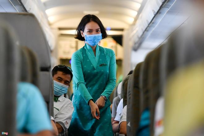 vietnam airlines lo het phi cong neu cach ly du 14 ngay