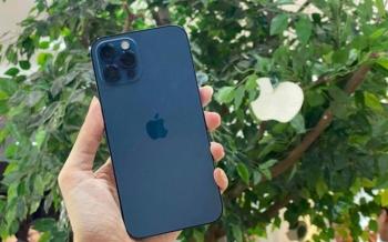 Mua iPhone 12, người Việt cần làm việc bao nhiêu ngày?