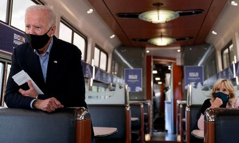 Chuyến tàu đưa Biden từ nơi dưỡng già tới đỉnh cao sự nghiệp