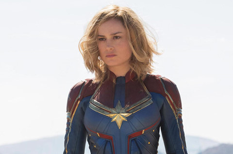 7 dieu fan can biet ve bom tan captain marvel
