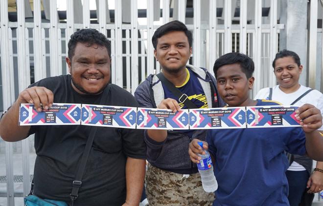 phe ve o malaysia het gia cao gap 6 lan truoc chung ket aff cup