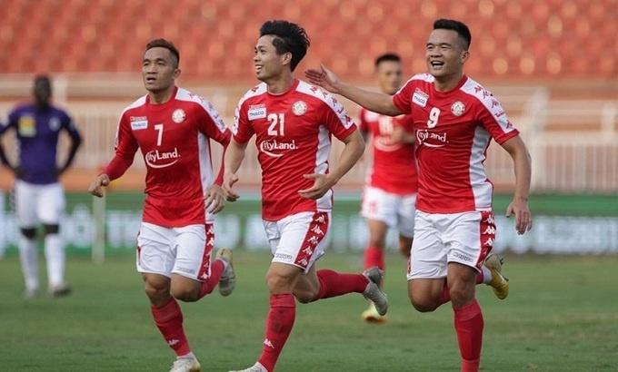 Công Phượng sút xa hiểm hóc tung lưới Hà Nội FC ở Siêu Cup Quốc gia