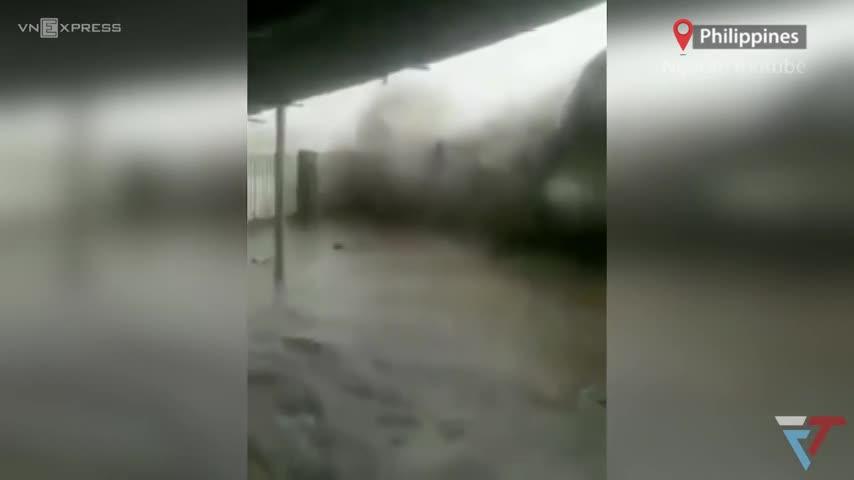 Bão Molave khi quét qua Philippines
