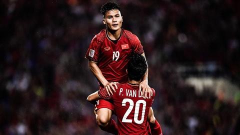 Bàn thắng mở tỷ số của Quang Hải vào lưới Philippines