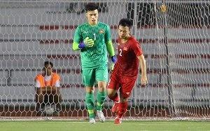 Bùi Tiến Dũng mắc sai lầm, U22 Việt Nam thủng lưới sớm trước U22 Indonesia