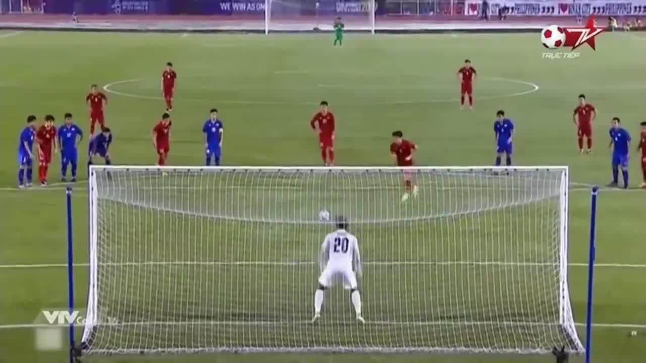 Tiến Linh sút penalty thành bàn, U22 Việt Nam gỡ hòa